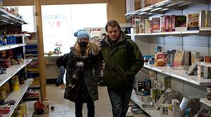 Matt Damon struggling with a certain kind of storage management in Contagion